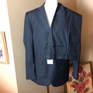 ALAIN DUPETIT size 40S Gray 3-Button Suit $175 new
